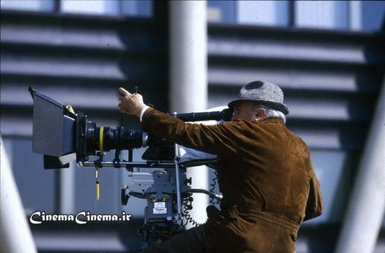 ۱۹۸۵، سر صحنه فیلم «جینجر و فرد»