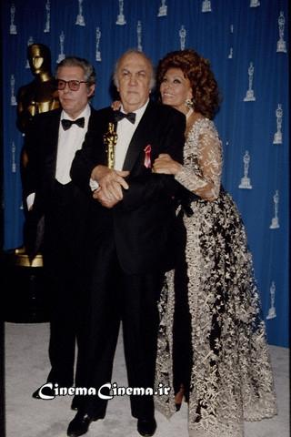 ۱۹۹۳، با مارچلو ماسترویانی و سوفیا لورن در مراسم اسکار