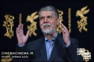 سید عباس صالحی وزیر فرهنگ و ارشاد اسلامی در بازدید از جشنواره فیلم فجر