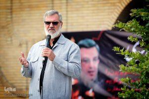محمد رویانیان در تشییع پیکر سید مصطفی موسوی