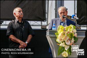 علی نصیریان در مراسم تشییع پیکر آقای بازیگر «عزت الله انتظامی»