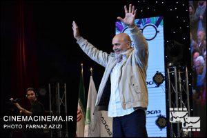 جمشید هاشم پور در دوازدهمین جشن منتقدان و نویسندگان سینما