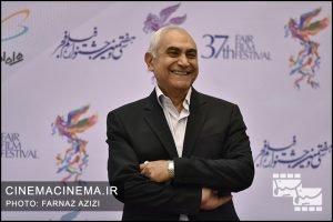 ناصر ممدوح در فرش قرمز افتتاحیه فیلم فجر