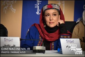 پانتهآ بهرام در نشست خبری عوامل فیلم شنای پروانه در سی و هشتمین جشنواره فیلم فجر