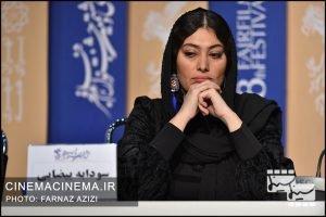 سودابه بیضایی در نشست خبری عوامل فیلم «من می ترسم» در هشتمین روز سی و هشتمین جشنواره فیلم فجر