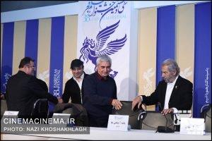 نشست خبری عوامل فیلم «خروج» در هفتمین روز سی و هشتمین جشنواره فیلم فجر