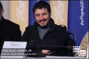 جواد عزتی در نشست خبری عوامل فیلم «آتابای» در هفتمین روز سی و هشتمین جشنواره فیلم فجر