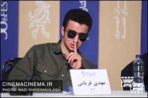 مهدی قربانی در نشست خبری عوامل فیلم «روز صفر» در سی و هشتمین جشنواره فیلم فجر