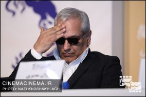 مهران مدیری در نشست خبری عوامل فیلم «درخت گردو» در سی و هشتمین جشنواره فیلم فجر