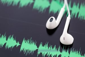 podcast_ear_buds_audio_sound_wave_by_arinahabich_gettyimages-483485245_1200x800-100764494-large