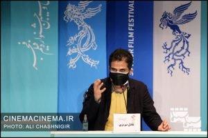 عادل تبریزی در نشست خبری فیلم گیجگاه در سی و نهمین جشنواره فیلم فجر