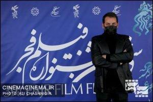 امیر رضا دلاوری در فتوکال فیلم تک تیرانداز در سی و نهمین جشنواره فیلم فجر