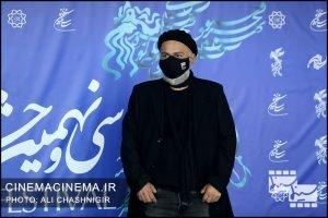 حمیدرضا آذرنگ در فوتوکال فیلم روزی روزگاری آبادان در سی و نهمین جشنواره فیلم فجر