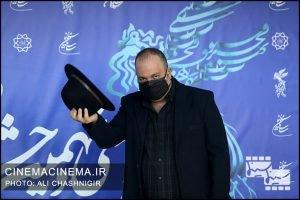 علی اوجی در فوتوکال فیلم روزی روزگاری آبادان در سی و نهمین جشنواره فیلم فجر