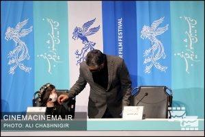 پژمان جمشیدی و آیلن جاهد در نشست خبری فیلم خط فرضی در سی و نهمین جشنواره فیلم فجر