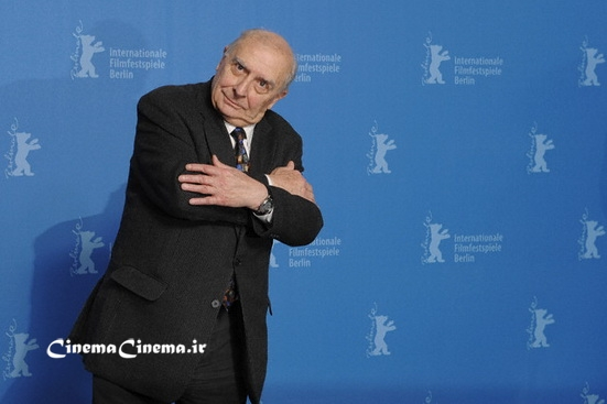 "۰۸ Feb 2009, Berlin, Germany --- Director Claude Chabrol attends the ""Bellamy"" photo call at the 59th Berlin Film Festival. ---"