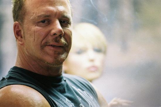 صحنهای از فیلم «دومینو» (تونی اسکات، 2005)